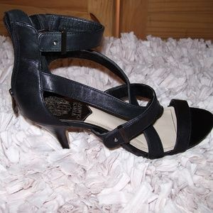VINCE CAMUTO Ankle Strap Open Toe Black Heels 7.5M